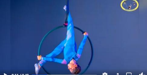 Фото: скриншот с видео в группе №2005 в социальной сети Facebook